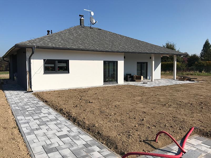 hausmos stavba domu